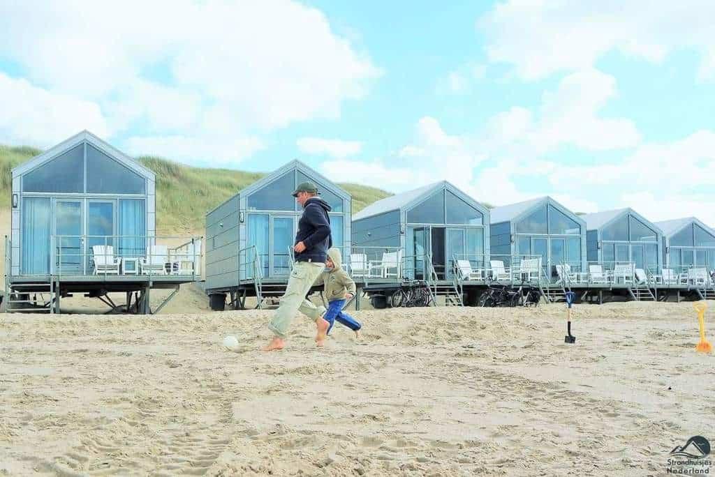 Spelen voor de strandhuisjes Landal