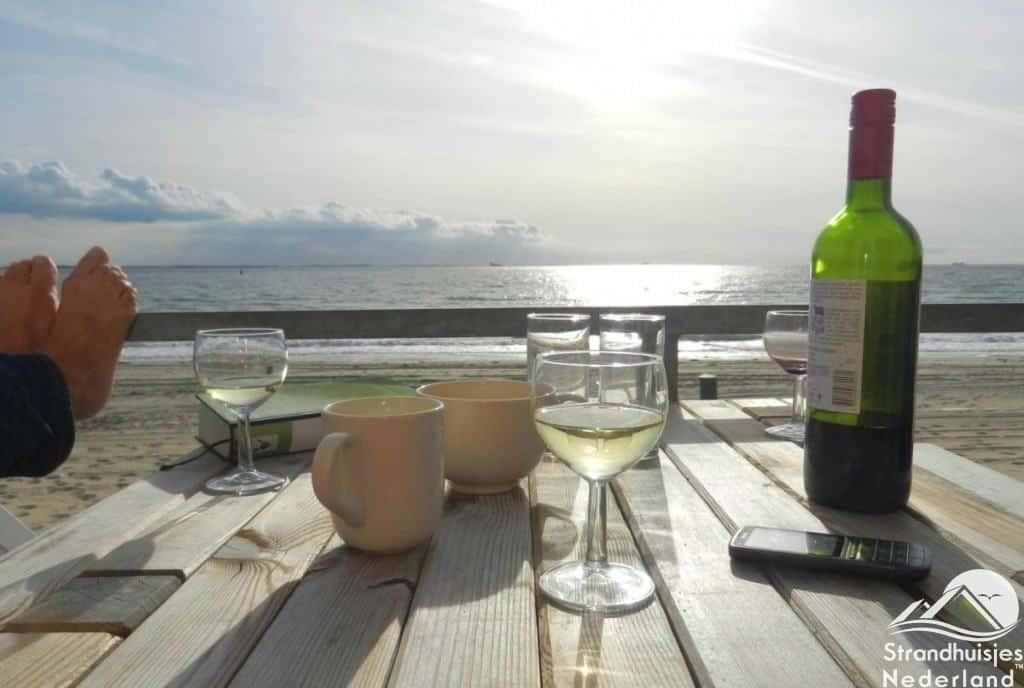 Uitzicht strandhuisje Vlissingen