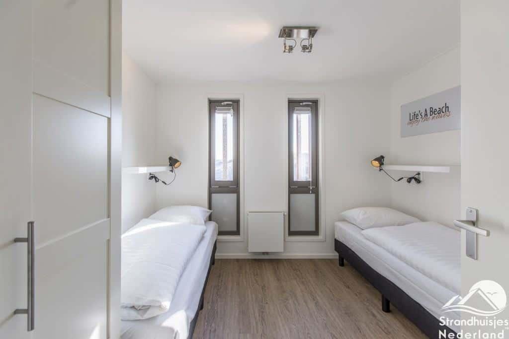 Strand Inrichting Slaapkamer : Nieuw strandhuisje hoek van holland ruime en luxe strandhuis nl