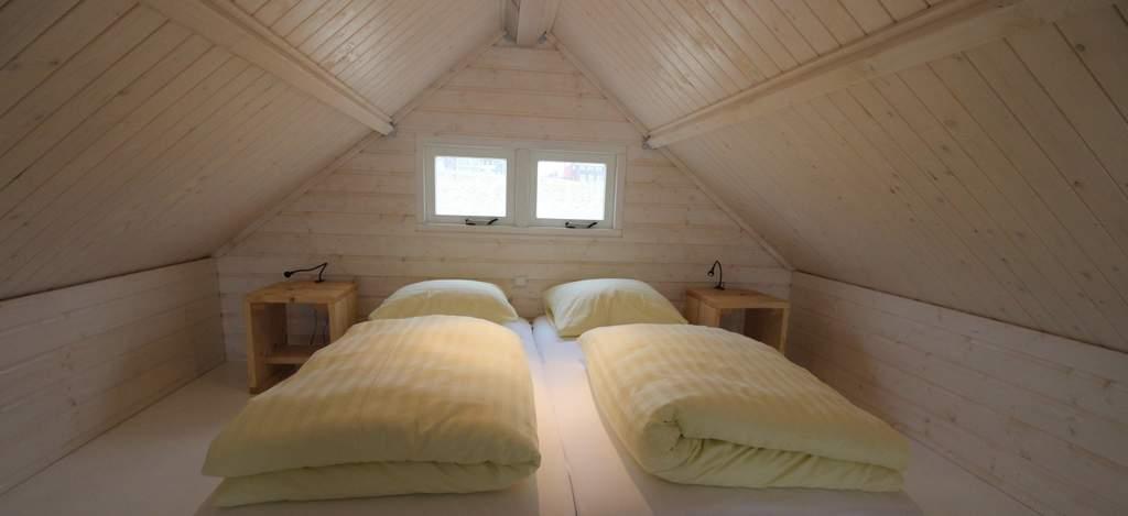 Slaapzolder boven, strandhuisje Katwijk