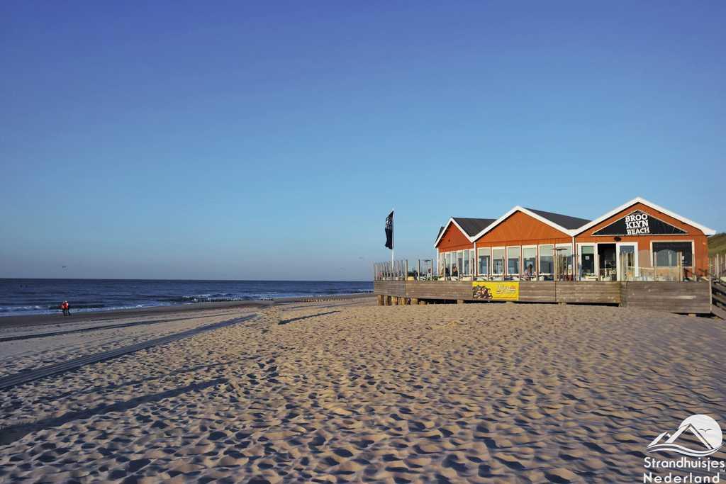 Strandpaviljoen bij de strandhuisjes Domburg
