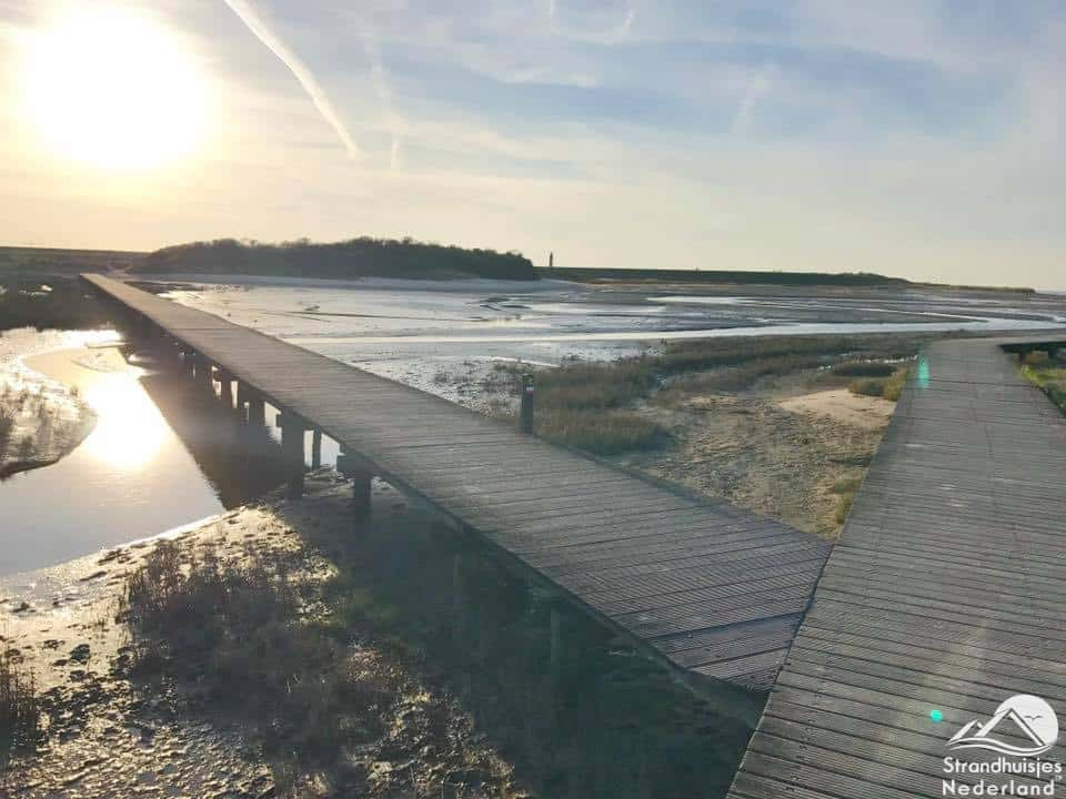 Strand Nieuwvliet houten plankier 1