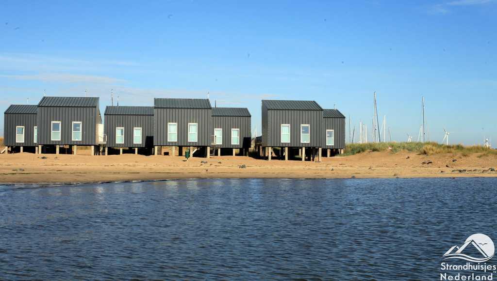 Strandhuisjes met havenzicht, Kamperland, Zeeland