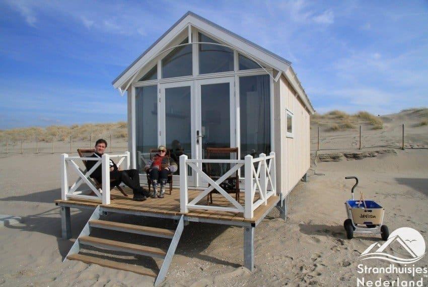 Overzicht Haags strandhuisje