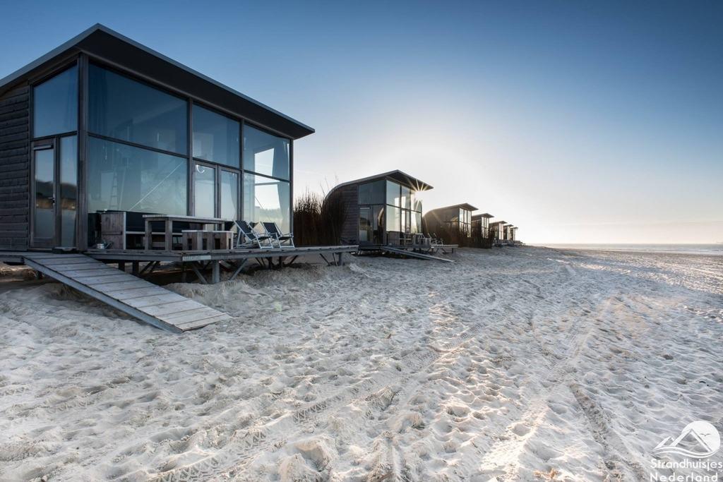 strandhaus groede strandhuisjes nederland buchen sie. Black Bedroom Furniture Sets. Home Design Ideas